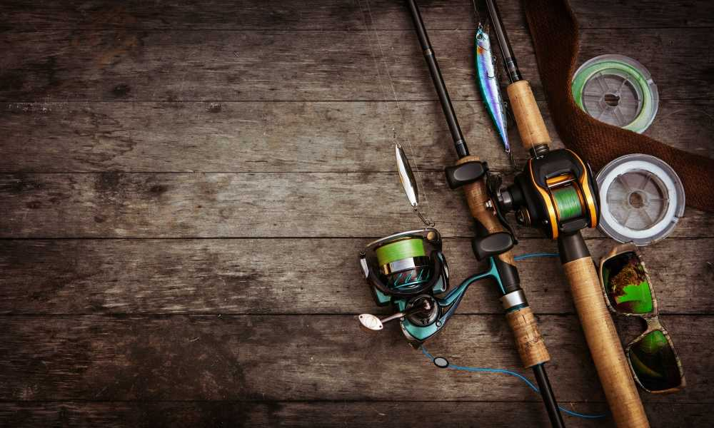 How to Use a Baitcasting Reel and The Benefits of Using One